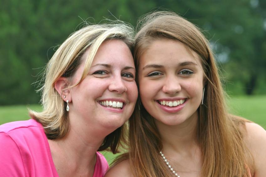 نقش مادر و دختر در ایجاد رابطه ای سالم - مرکز خدمات روانشناسی و مشاوره احیا